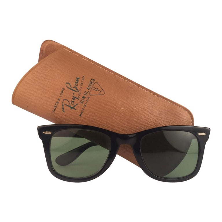 Vintage Ray Ban Wayfarer 1960's Mid Century Black 1ST EDITION B&L USA Sunglasses For Sale