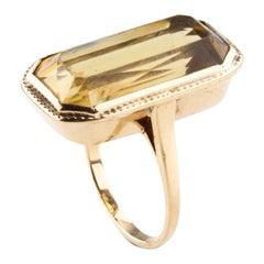 Vintage Rectangular Citrine Statement Ring in Yellow Gold