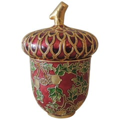 Vintage Red and Green with Gold Outline Snuff Decorative Cloisonné Box