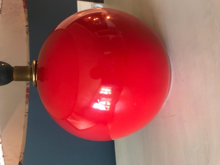 French Vintage Red Table Lamp For Sale