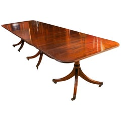 Vintage Regency Mahogany 3-Pillar Dining Table William Tillman, 20th Century