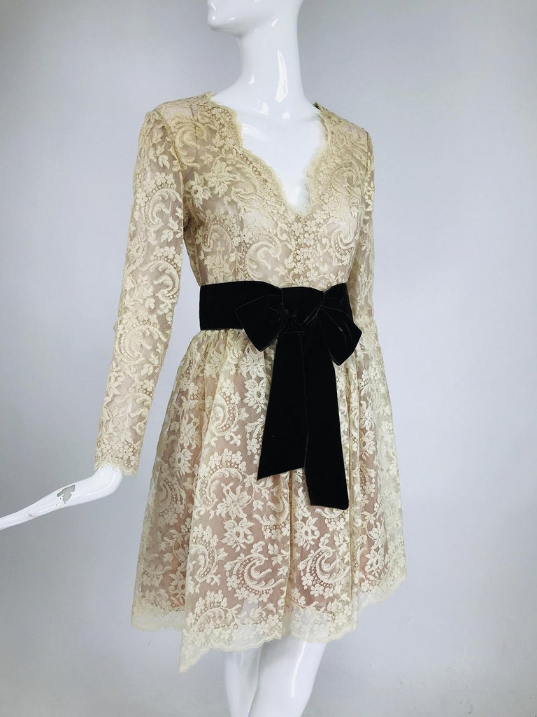 Vintage Rembrandt 1960s Cream Lace Baby Doll Dress For Sale 5