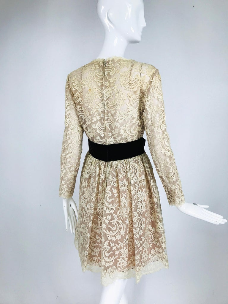 Vintage Rembrandt 1960s Cream Lace Baby Doll Dress For Sale 2
