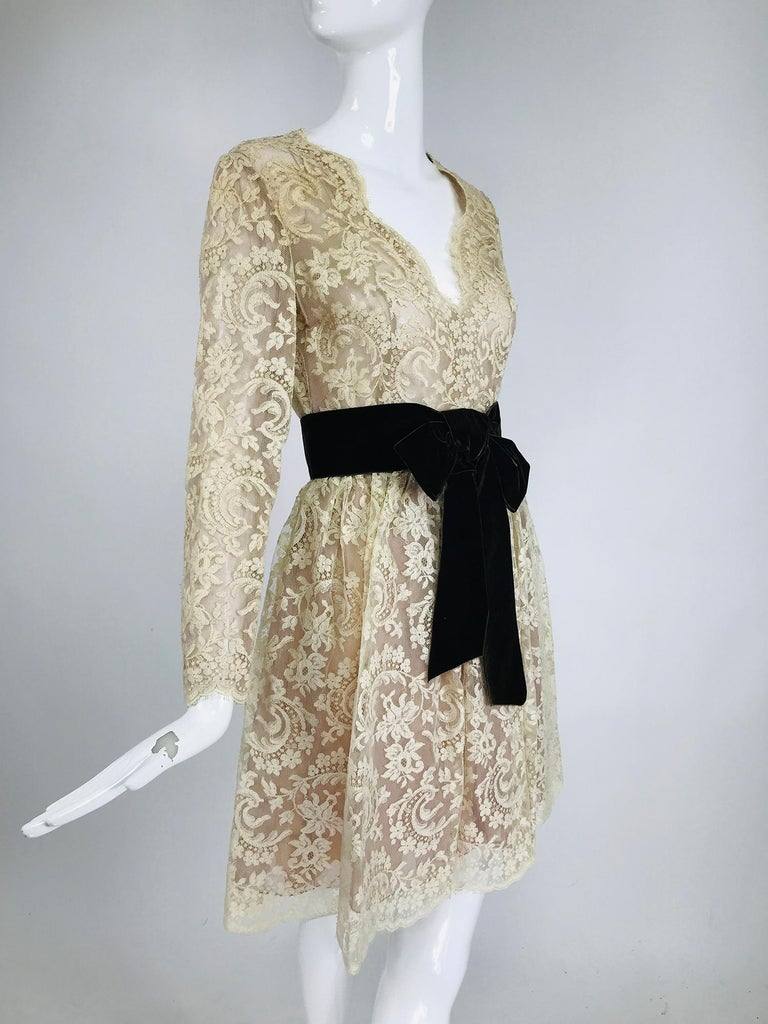 Vintage Rembrandt 1960s Cream Lace Baby Doll Dress For Sale 4