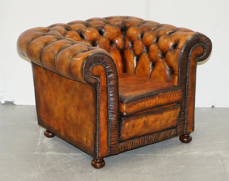 Vintage Restored Brown Leather Chesterfield Library Club Armchair and Sofa Suite For Sale 5