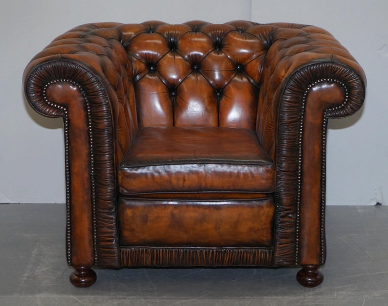 Vintage Restored Brown Leather Chesterfield Library Club Armchair and Sofa Suite For Sale 6