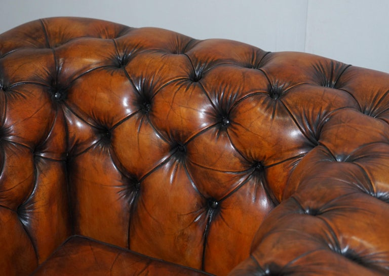Vintage Restored Brown Leather Chesterfield Library Club Armchair and Sofa Suite For Sale 8