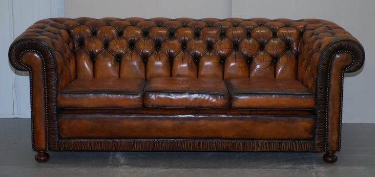 Vintage Restored Brown Leather Chesterfield Library Club Armchair and Sofa Suite For Sale 11