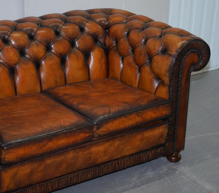 20th Century Vintage Restored Brown Leather Chesterfield Library Club Armchair and Sofa Suite For Sale