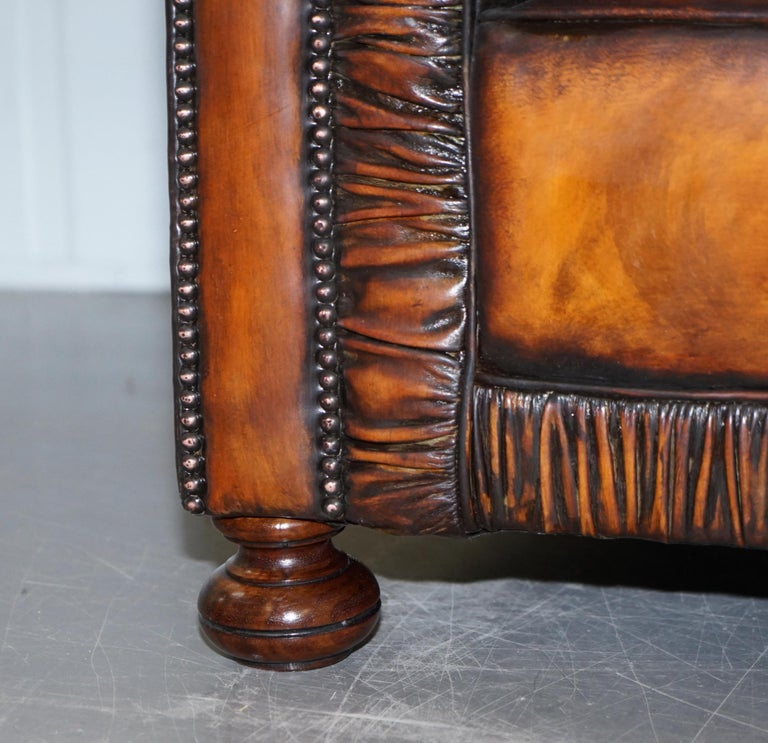 Vintage Restored Brown Leather Chesterfield Library Club Armchair and Sofa Suite For Sale 2