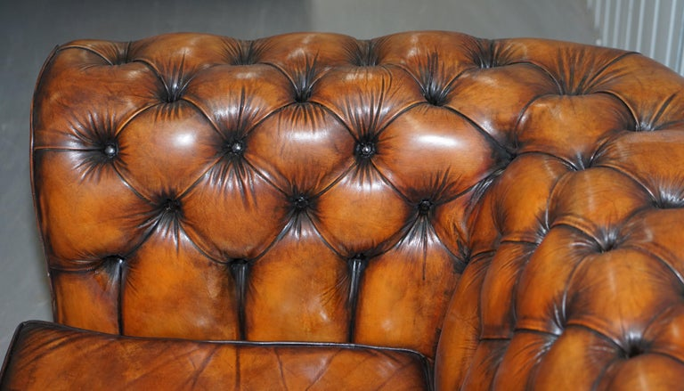 Vintage Restored Brown Leather Chesterfield Library Club Armchair and Sofa Suite For Sale 3