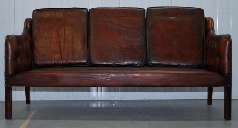 Vintage Restored Chesterfield Brown Leather Gun Suite 3-Seat Sofa and Armchair For Sale 5