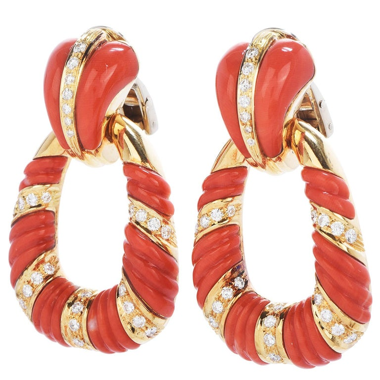 Vintage Retro 1950s with Diamonds & Carved Coral twist design Dangle Earrings,  Crafted in solid 18K yellow gold, Italian Made, composed by (64) round-cut, pave-set, Diamonds weighing approximately 1.70carats (G-Hcolor and G-Hclarity)  With