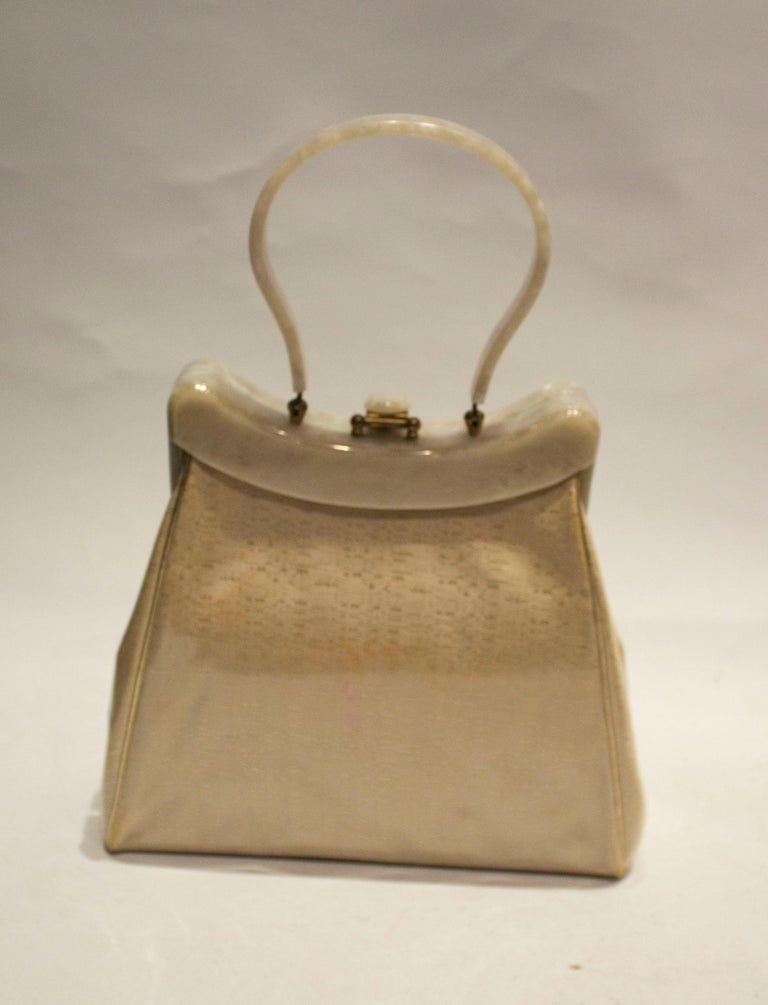 Vintage Rialto New York Silk Embroidered Plastic Overlay Bag with BakeliteHandle In Good Condition In London, GB