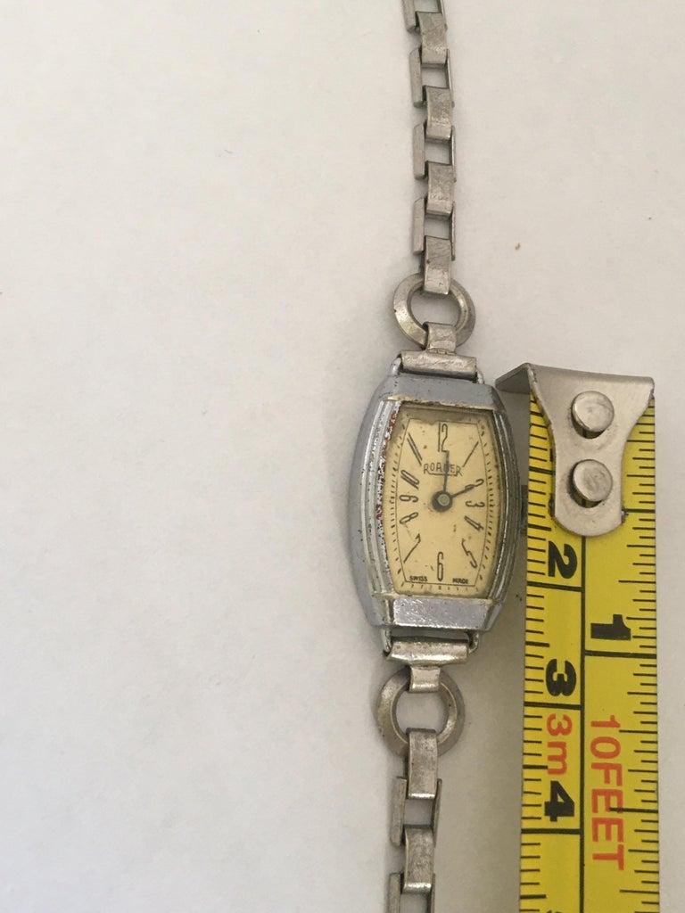 Vintage Roamer Ladies Mechanical Watch For Sale 7
