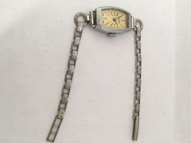 Vintage Roamer Ladies Mechanical Watch For Sale 2