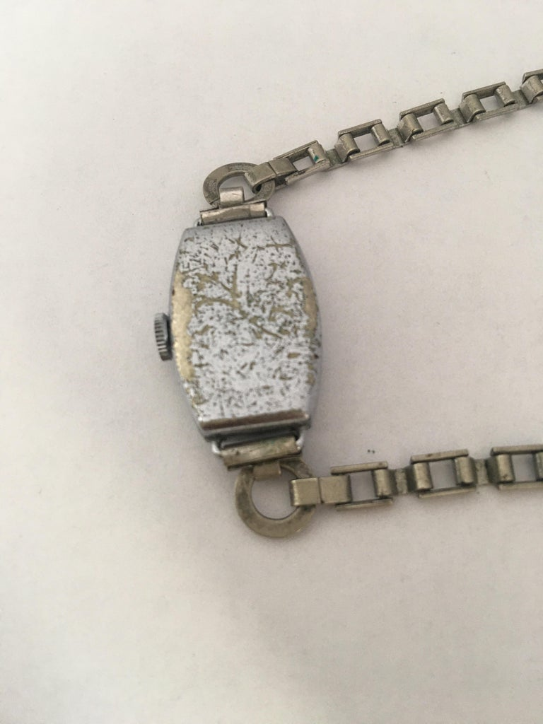 Vintage Roamer Ladies Mechanical Watch For Sale 4