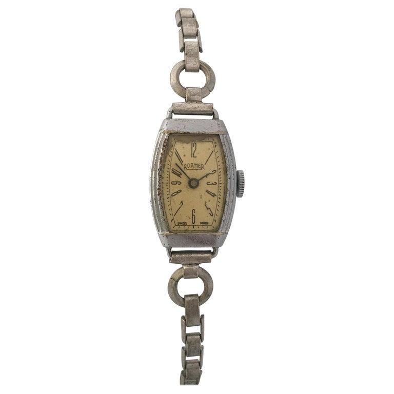 Vintage Roamer Ladies Mechanical Watch For Sale