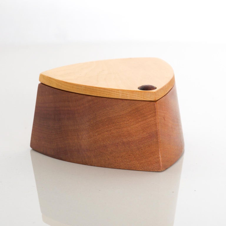 American Vintage RODEO CREATIONS 2 Tone Modern Huon Wood Box Jewelry, Keepsake Box For Sale