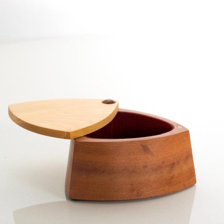 Vintage RODEO CREATIONS 2 Tone Modern Huon Wood Box Jewelry, Keepsake Box For Sale 4