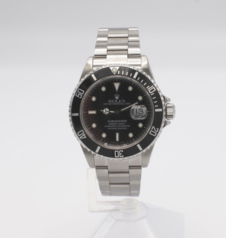 Vintage Rolex Submariner Stainless Steel Reference 16610 For Sale 4