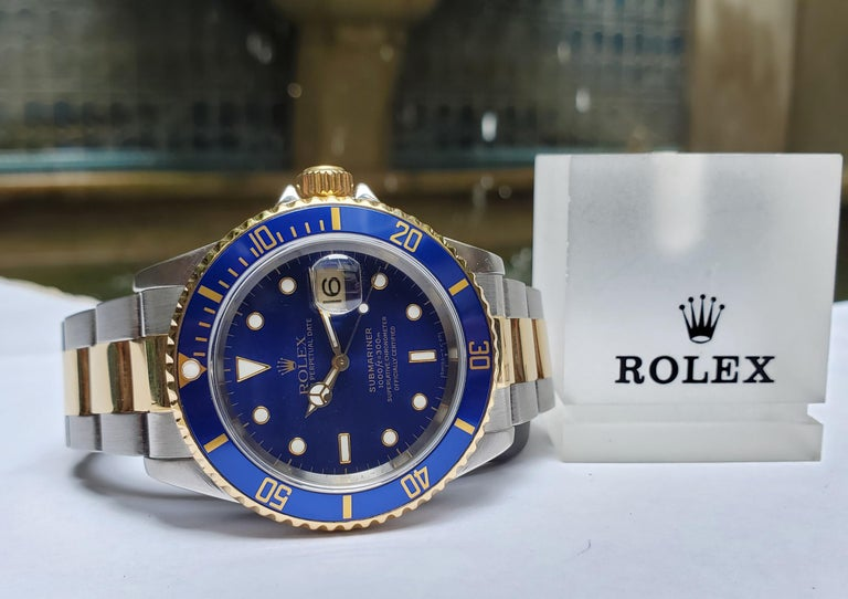 Vintage Rolex Submariner Two-Tone, 18 Karat Yellow Gold and Stainless Steel In Excellent Condition For Sale In New Orleans, LA