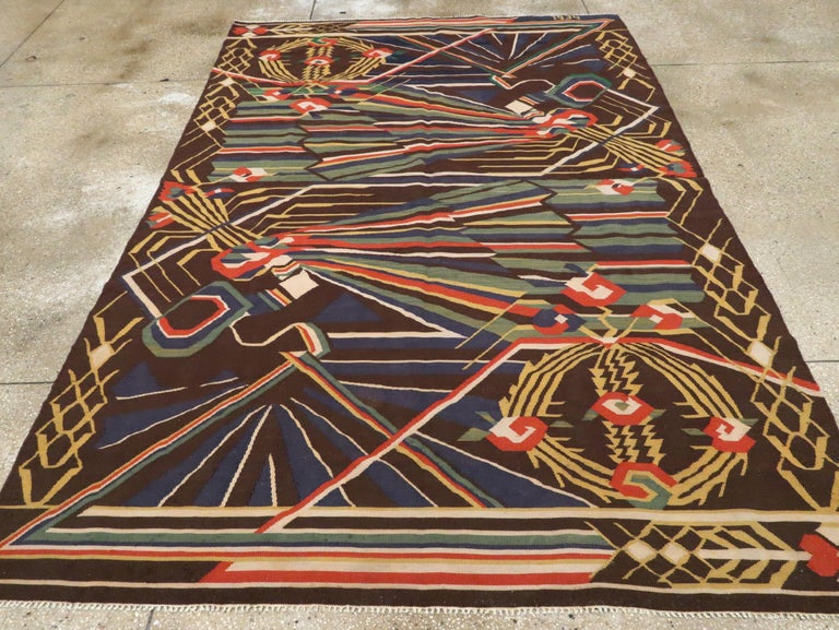 Vintage Romanian Flat-Weave Rug In Excellent Condition For Sale In New York, NY