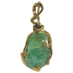 Vintage Rough Cut Emerald 18 Karat Yellow Gold Pendant
