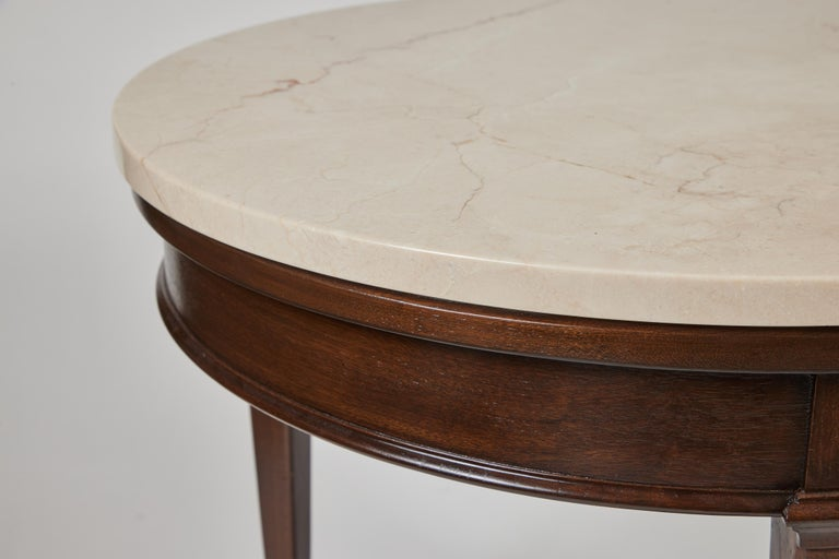 Vintage Round 3 Leg Oak Side Table w/ New Marble Top In Excellent Condition For Sale In Pasadena, CA