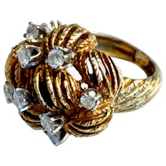 Vintage Round Cut Diamond 18 Karat Yellow Gold Dome Ring - Size 4