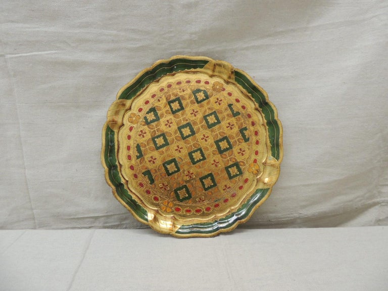 """Vintage round green and gold Florentine serving tray Stamped: C & R Florence. Scalloped edges Size: 11.75"""" D x 0.5"""" H."""