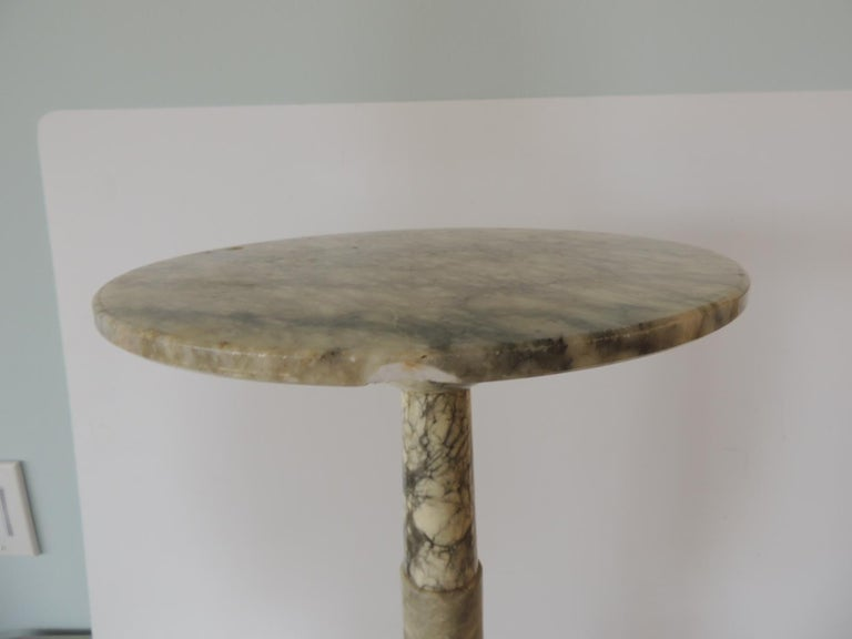 Vintage Round Grey and White Italian Carrera Marble Side Table For Sale 1