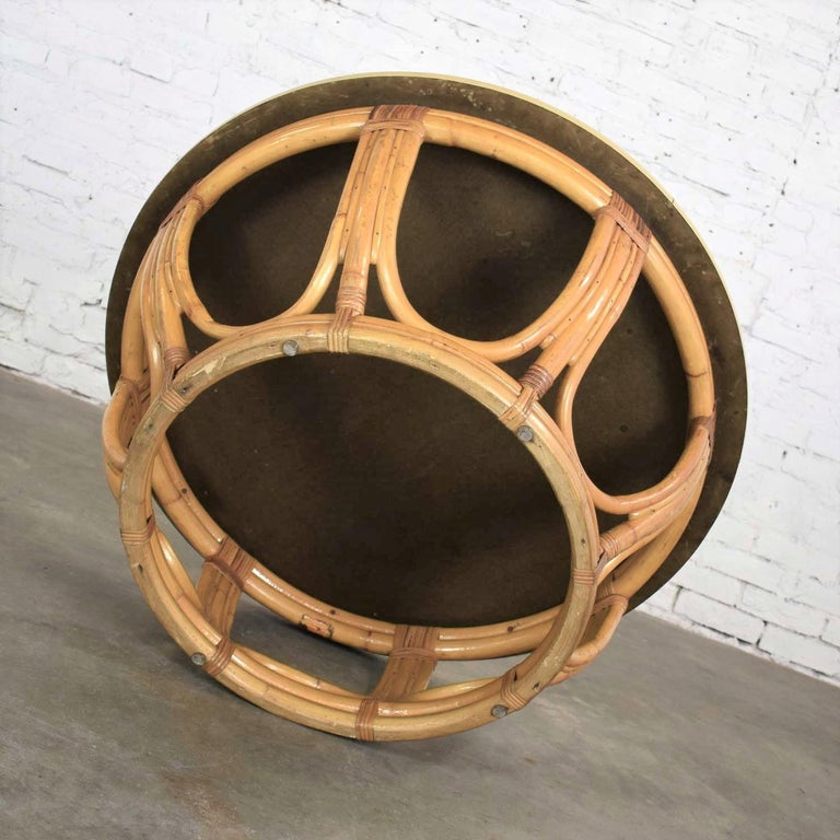 Vintage Round Rattan Drum Shape Coffee or End Table with Laminate Top For Sale 1