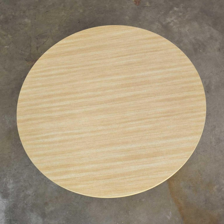 Vintage Round Rattan Drum Shape Coffee or End Table with Laminate Top For Sale 3