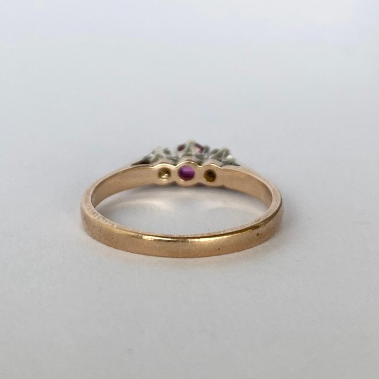 Round Cut Vintage Ruby and Diamond 9 Carat Gold Three-Stone Ring For Sale