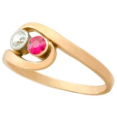 Vintage Ruby Diamond Yellow Gold Twist Ring