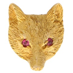 Vintage Ruby Eyed Fox Pin Brooch Set in 9 Karat Yellow Gold