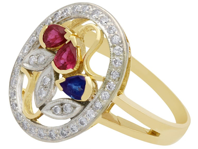 Ruby Sapphire Diamond Yellow Gold Cocktail Ring In Excellent Condition For Sale In Jesmond, Newcastle Upon Tyne