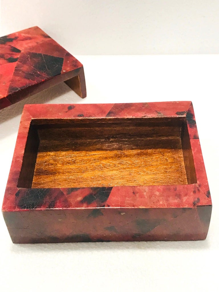 Vintage R&Y Augousti Decorative Box in Mosaic Red and Black Pen-Shell, c. 2000 For Sale 3