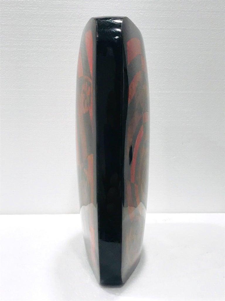 French Vintage R&Y Augousti Decorative Vase in Mosaic Red & Black Pen-Shell, circa 2000 For Sale