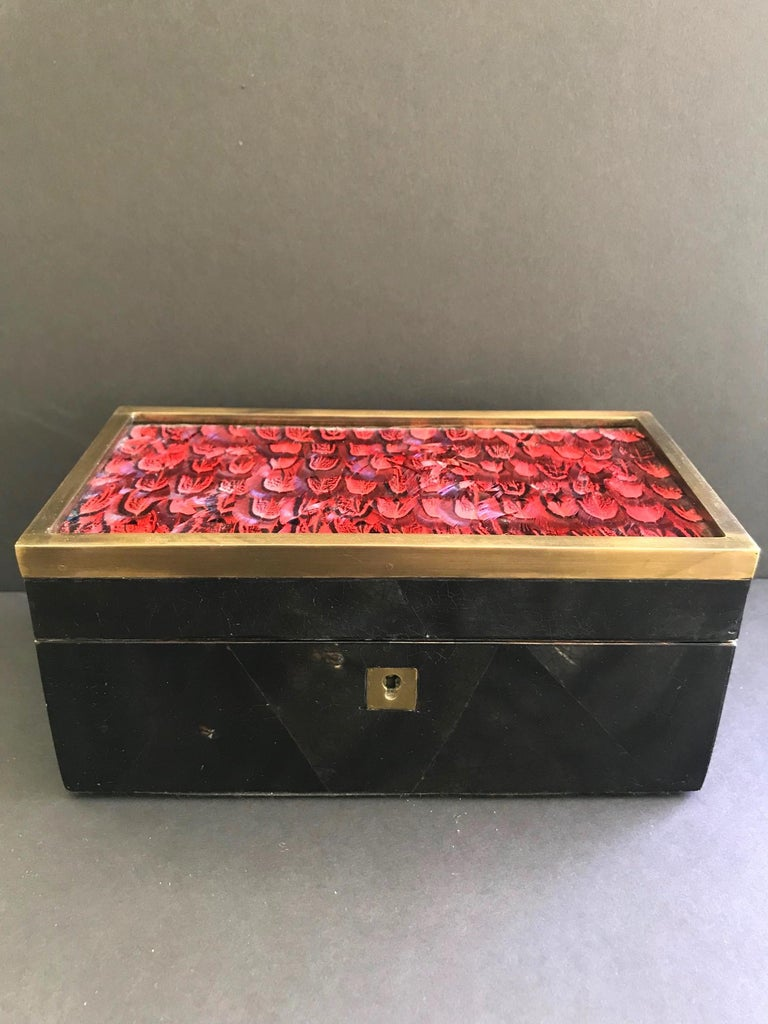 Vintage R&Y Augousti Jewelry Box in Mosaic Pen Shell and Exotic Red Feathers For Sale 2