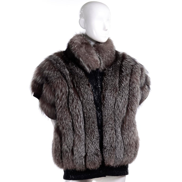 Vintage Saga Fox Gray Fur Jacket W Removable Black Ostrich Leather Sleeves For Sale 7