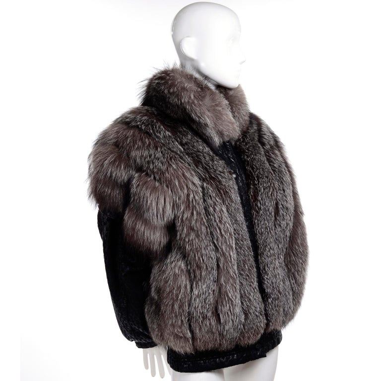 Vintage Saga Fox Gray Fur Jacket W Removable Black Ostrich Leather Sleeves In Excellent Condition For Sale In Portland, OR