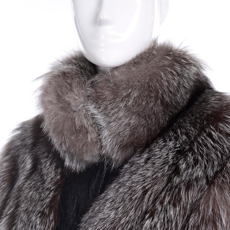 Vintage Saga Fox Gray Fur Jacket W Removable Black Ostrich Leather Sleeves For Sale 4