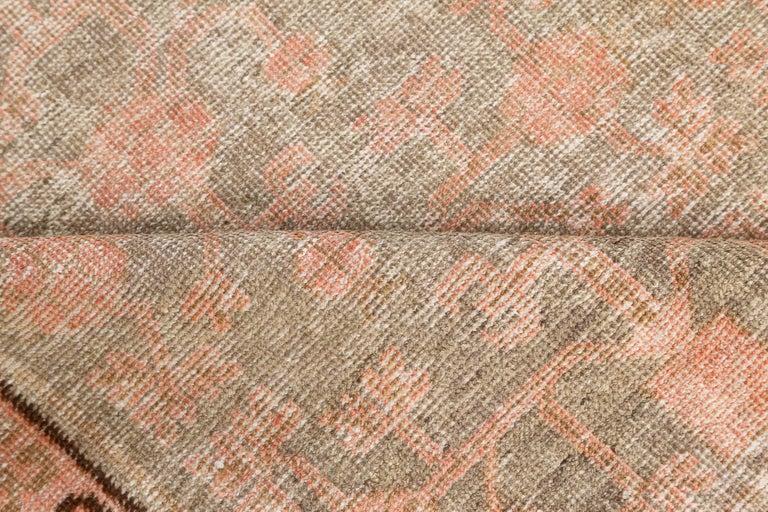 Vintage Samarkand (Khotan) rug Size: 5'6