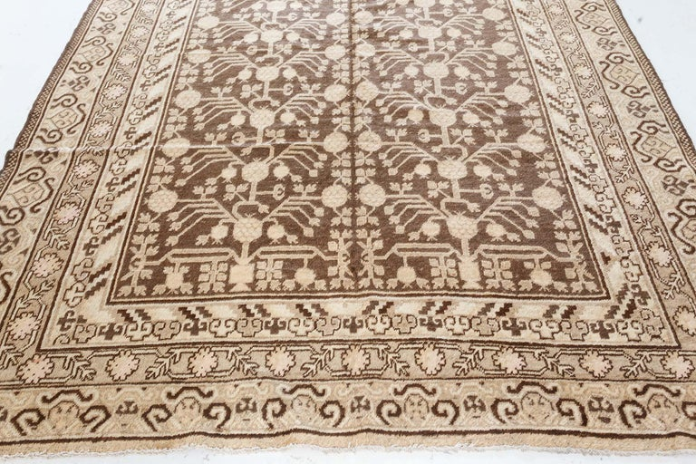 Hand-Woven Vintage Samarkand 'Khotan' Rug For Sale