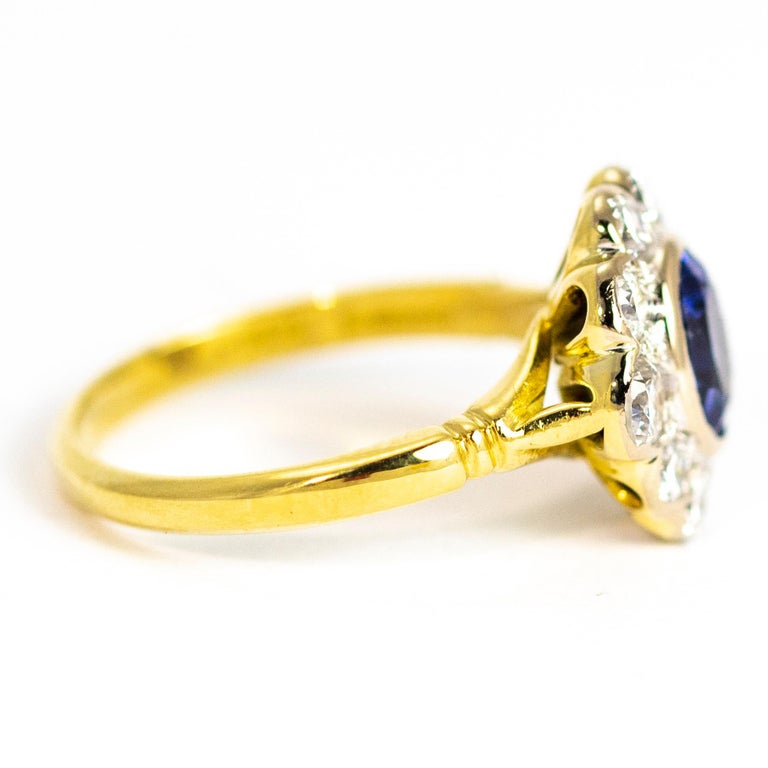 Vintage Sapphire and Diamond 18 Carat Gold Cluster Ring In Good Condition In Chipping Campden, GB