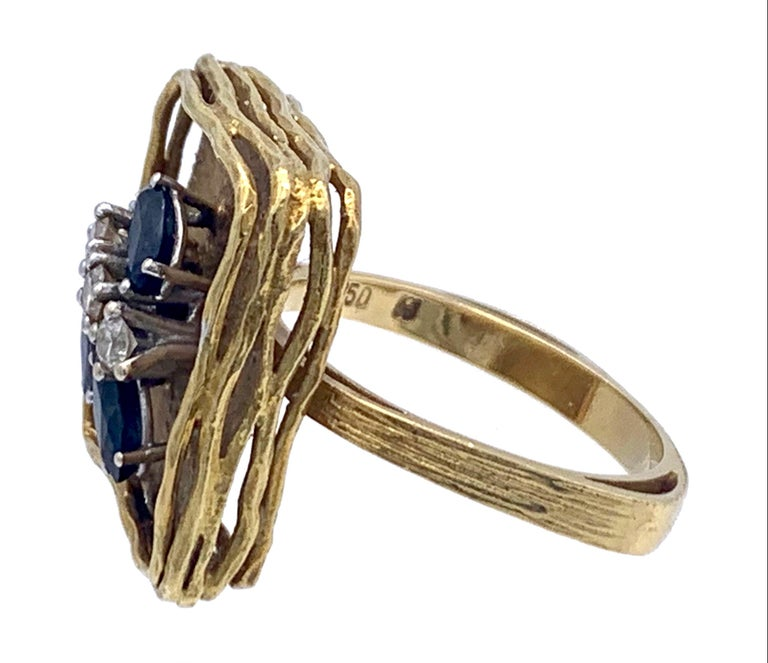 Oval Cut Vintage Sapphire Diamond 18 Karat Yellow Gold White Gold Fashion Cocktail Ring For Sale