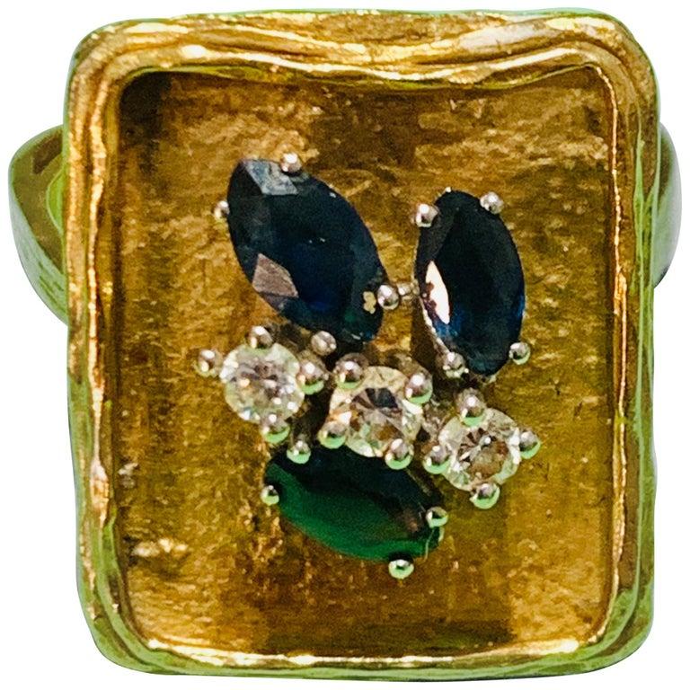 Vintage Sapphire Diamond 18 Karat Yellow Gold White Gold Fashion Cocktail Ring For Sale