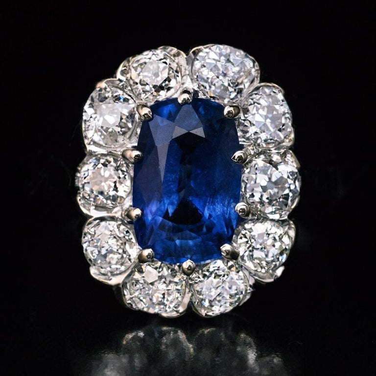 Women's Vintage Sapphire Diamond Gold Engagement Ring For Sale